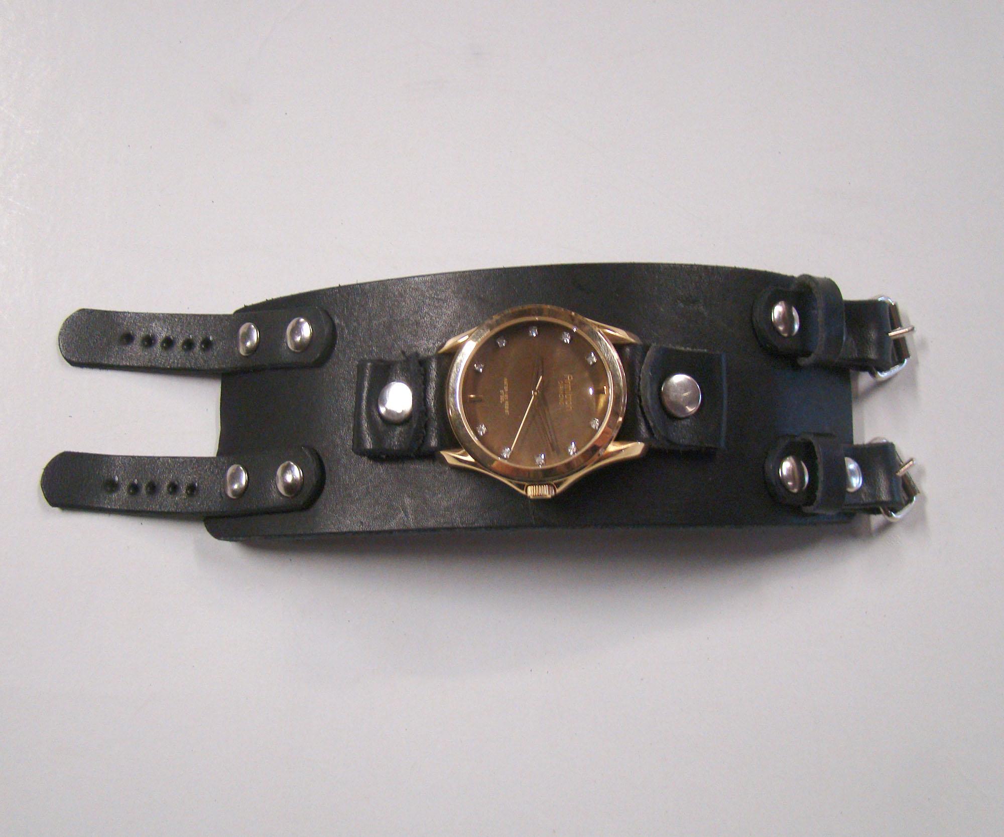 black watchband